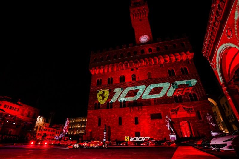 20082-f1-scuderia-ferrari-tuscan-gp-1000-gp-celebrations