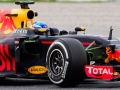 MONTMELO, SPAIN - MAY 18: Max Verstappen of Netherlands drives the Red Bull Racing Red Bull-TAG Heuer RB12 TAG Heuer during day two of F1 in-season tests at Circuit de Catalunya on May 18, 2016 in Montmelo, Spain. (Photo by Alex Caparros/Getty Images)