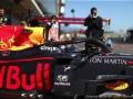 23 Alexander Albon Aston Martin Red Bull Racing