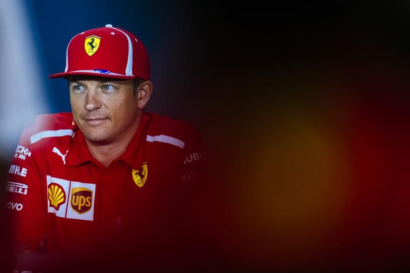 Singapore, libere 1: Ricciardo guida la doppietta Red Bull, poi le Ferrari