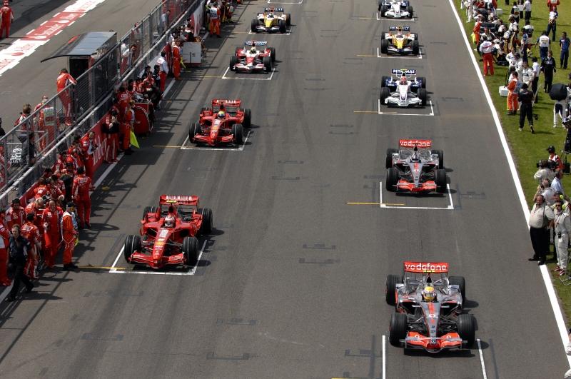 Formula 1: Ferrari Raikkonen comanda le seconde libere