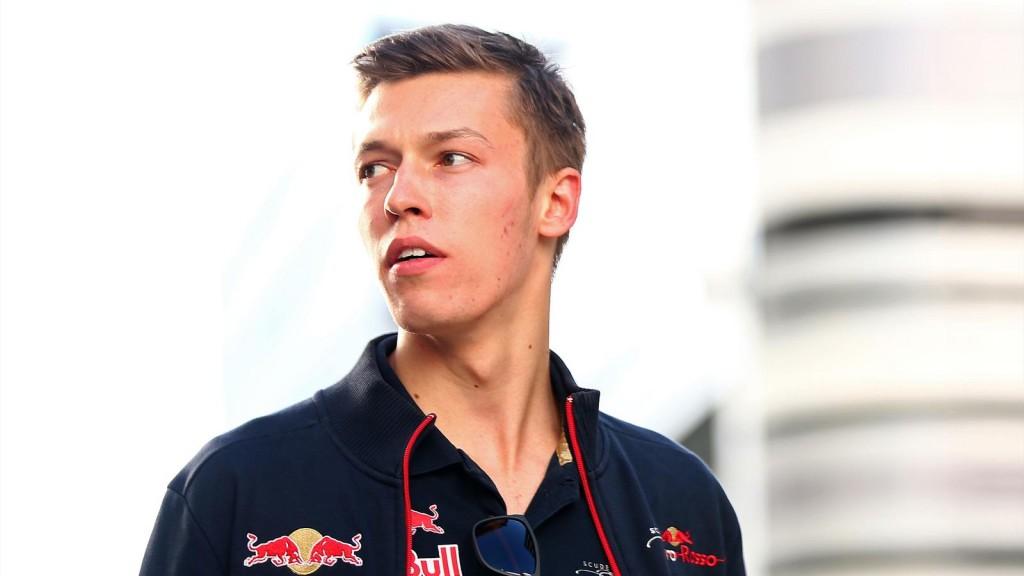 Kvyat f1 2015 Red Bull