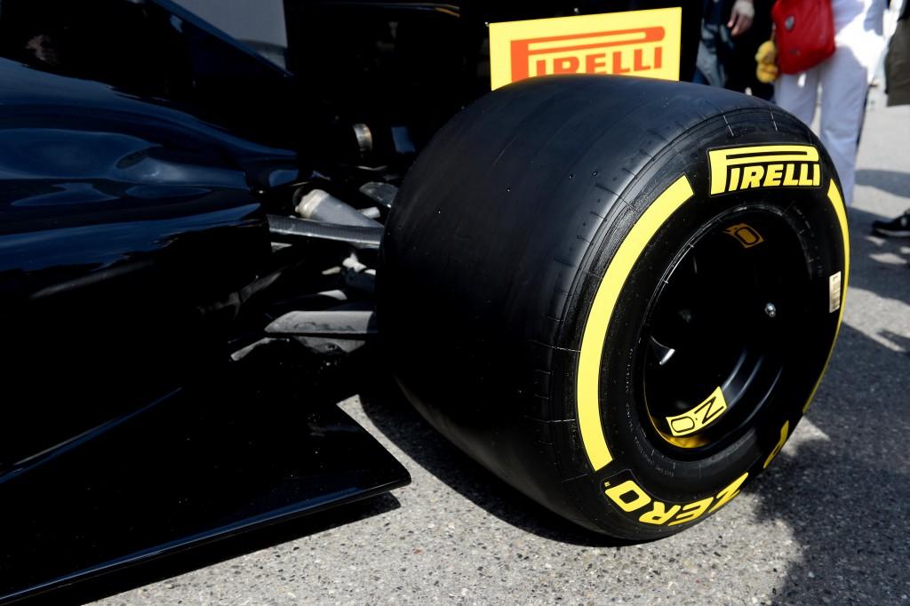 Pirelli_PZero_F1_2017_01