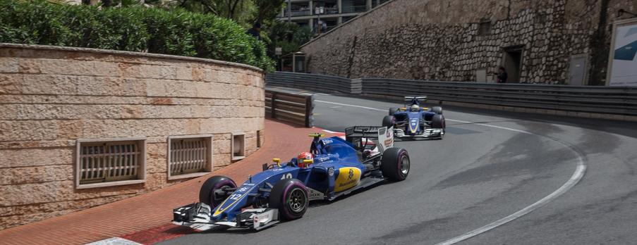 Sauber_F1_Ericsson_Nasr_crash