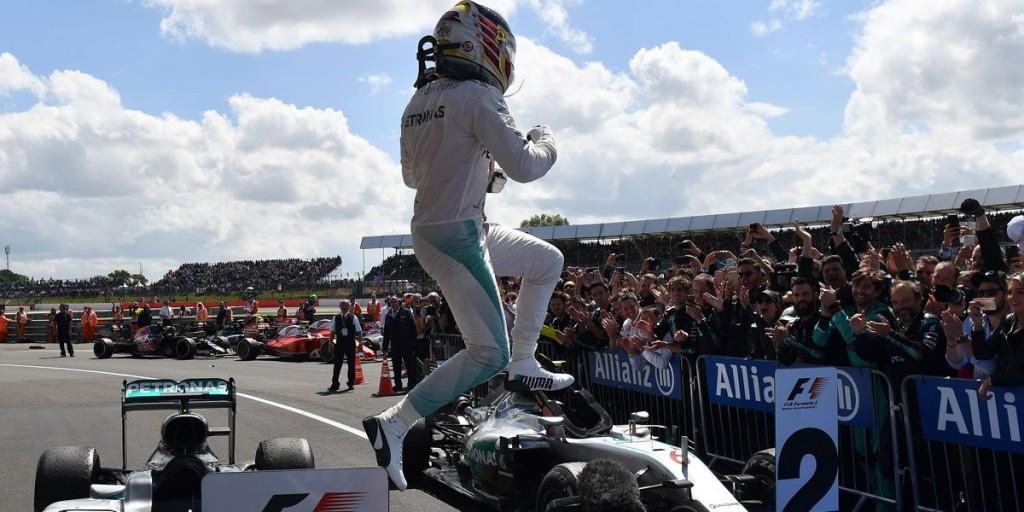 Hamilton_F!_Gp_Silverstone_Winner