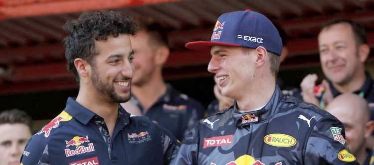 Verstappen_Ricciardo_F1_RedBull_2016