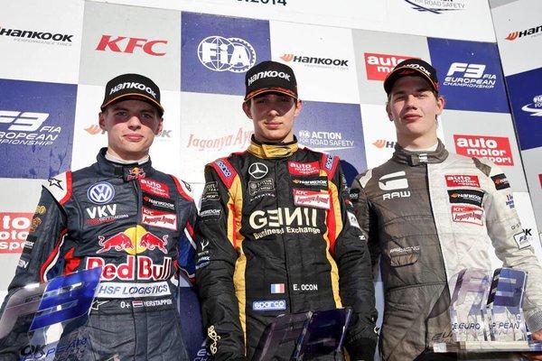 Ocon campione F3 2014 davanti a Blomqvist e Verstappen