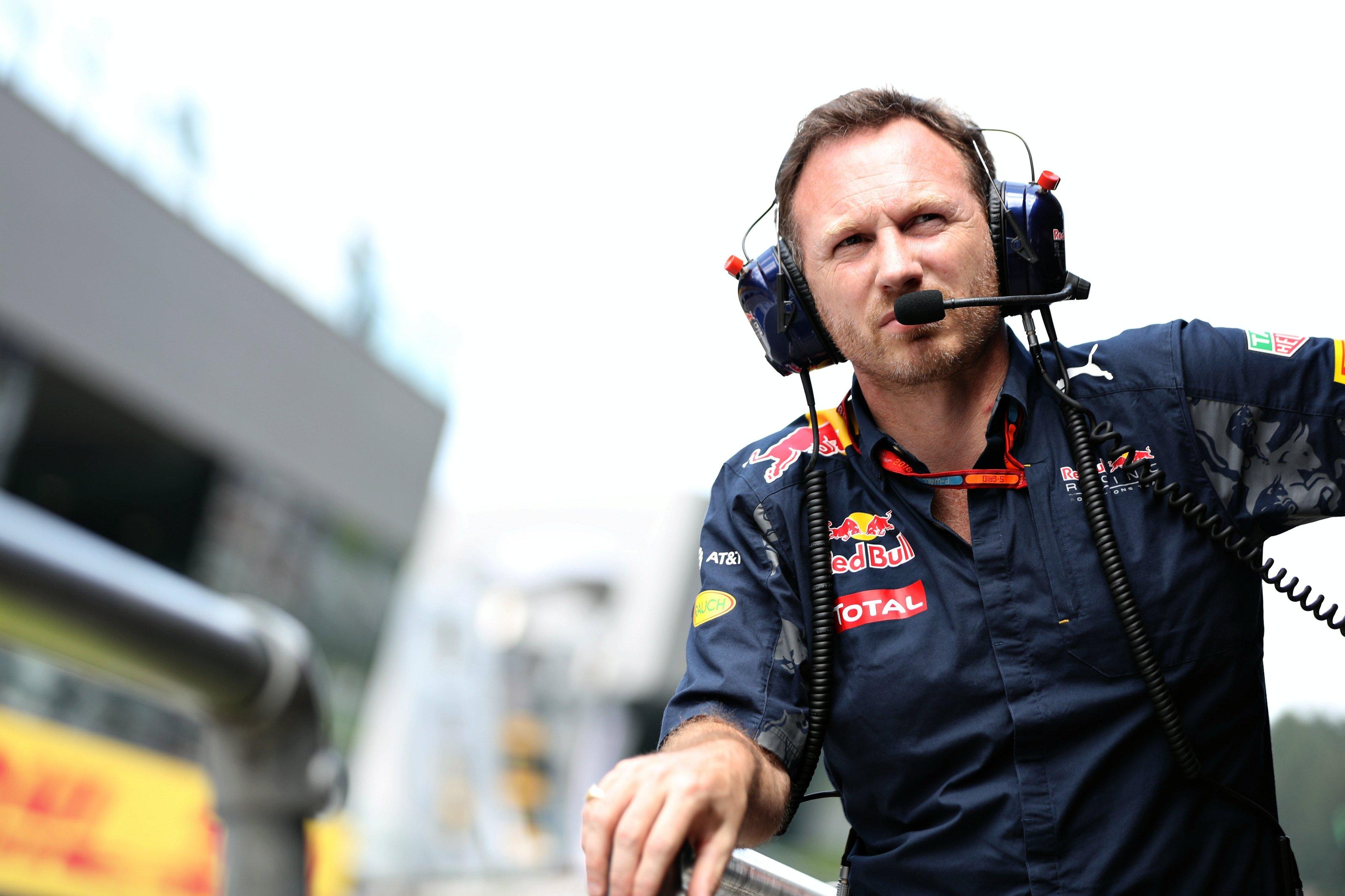 F1 2017: Red Bull RB13 2017, il Toro è stato liberato
