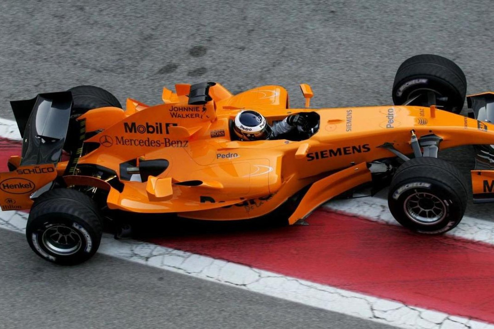 mclaren-could-switch-to-orange-livery-in