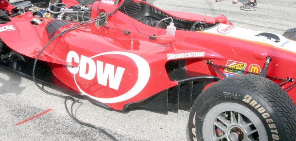 FOTO 6 wing car