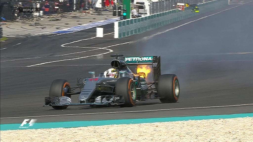 Hamilton-engine-fire-Malaysia_F1_2016