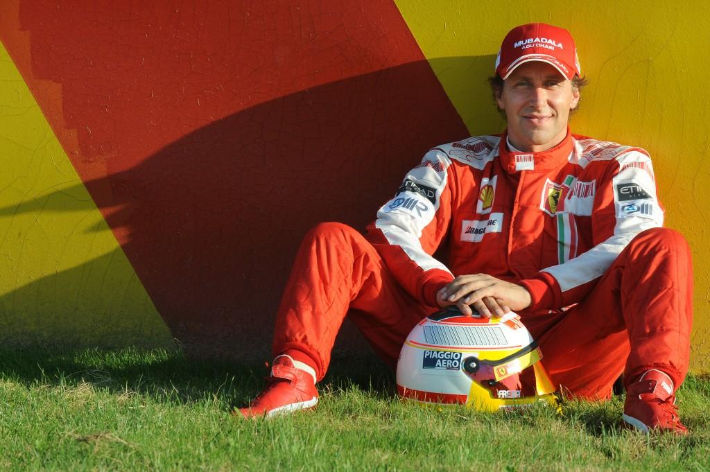 Luca_Badoer_Ferrari70_01