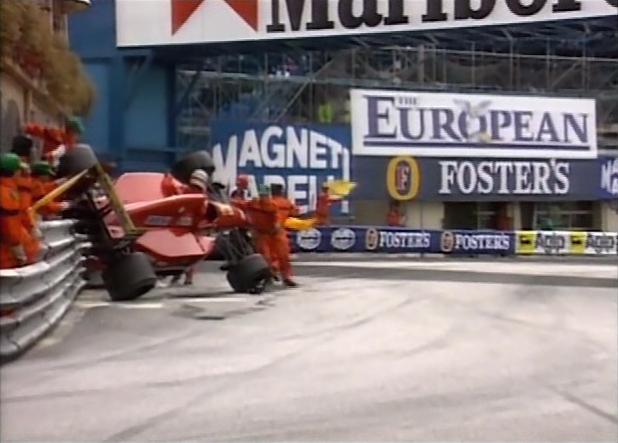 Ivan_Capelli_F1_Monaca_Crash_1992
